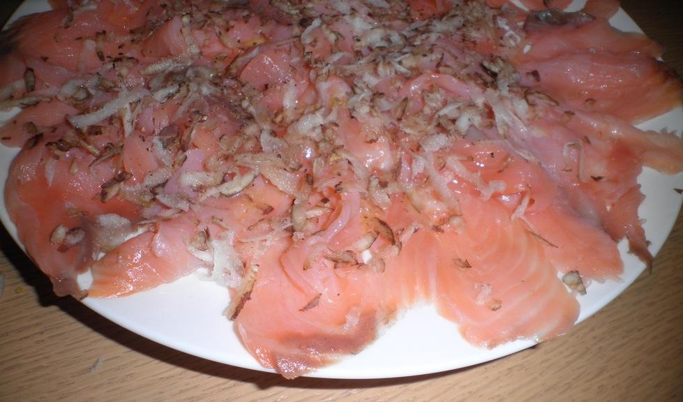 antipasto con salmone affumicato