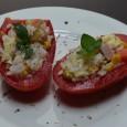 Qualche mese fa vi avevo proposto la ricetta dei pomodori ripieni al tonno. Se vi sono piaciuti, apprezzerete anche questi pomodori freddi ripieni di riso freddo: li preparerete in pochi […]