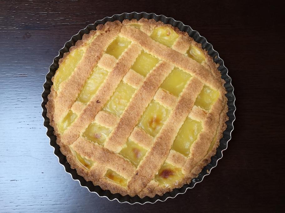crostata di frolla con crema al limone